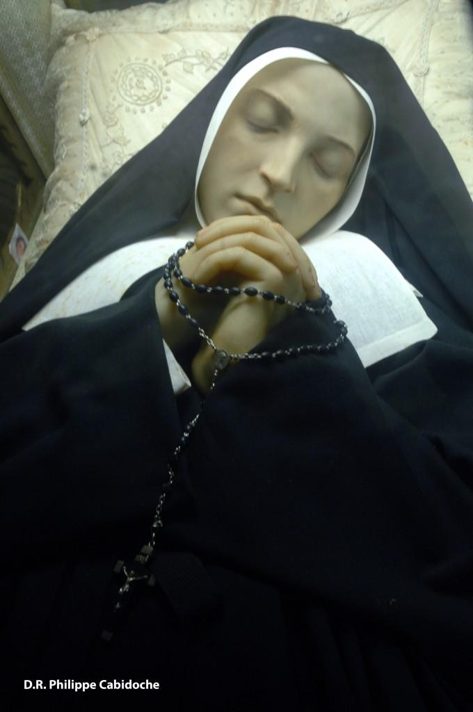 Corps incorrompu Sainte Bernadette à Nevers