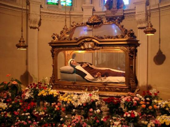 Châsse de Sainte-Thérèse de Lisieux