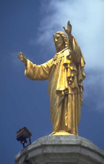 Jésus en or